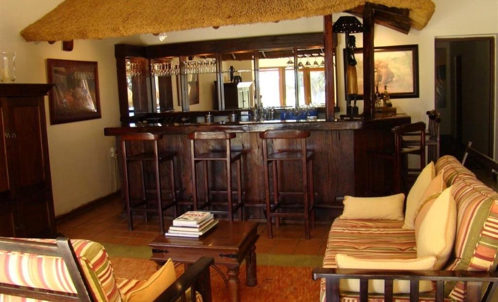 Bush House - Bar