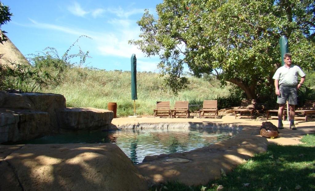 Bush House - zwembad