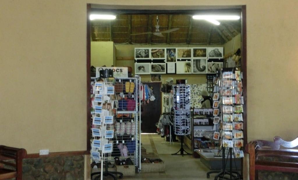 Chobe Safari Lodge - Souvenir winkeltje