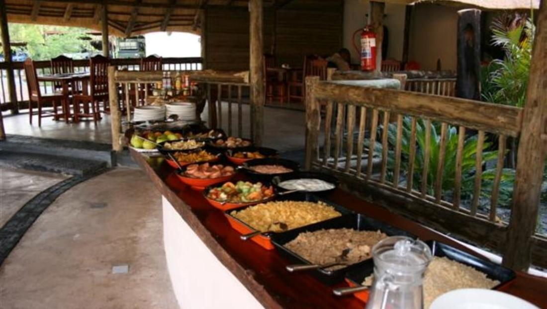 Nata Lodge - Ontbijt buffet
