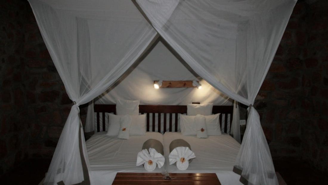A Little Sossus Lodge - Slaapkamer