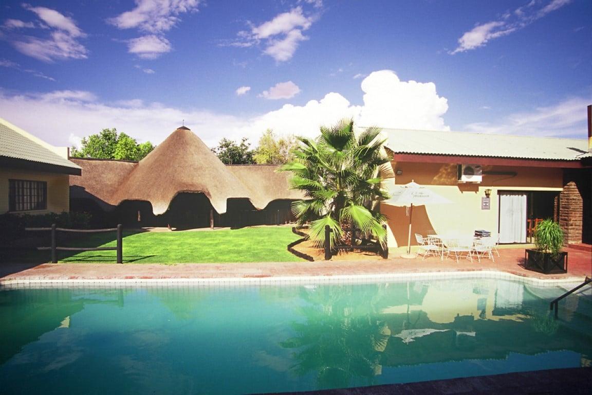 Auob Lodge - Zwembad