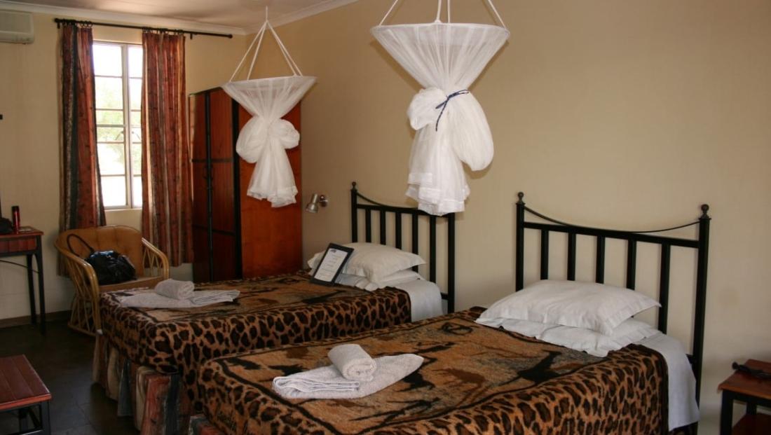 Auob Lodge - Slaapkamer