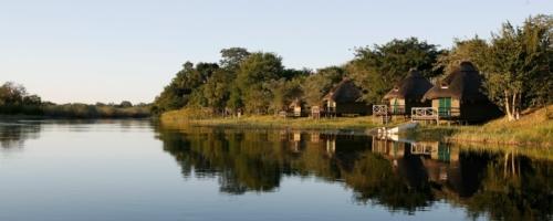 Camp Kwando - Kamers met uitzicht op de rivier