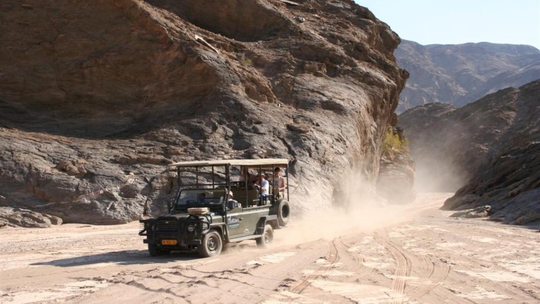 Damaraland - Wildrit door de natuur