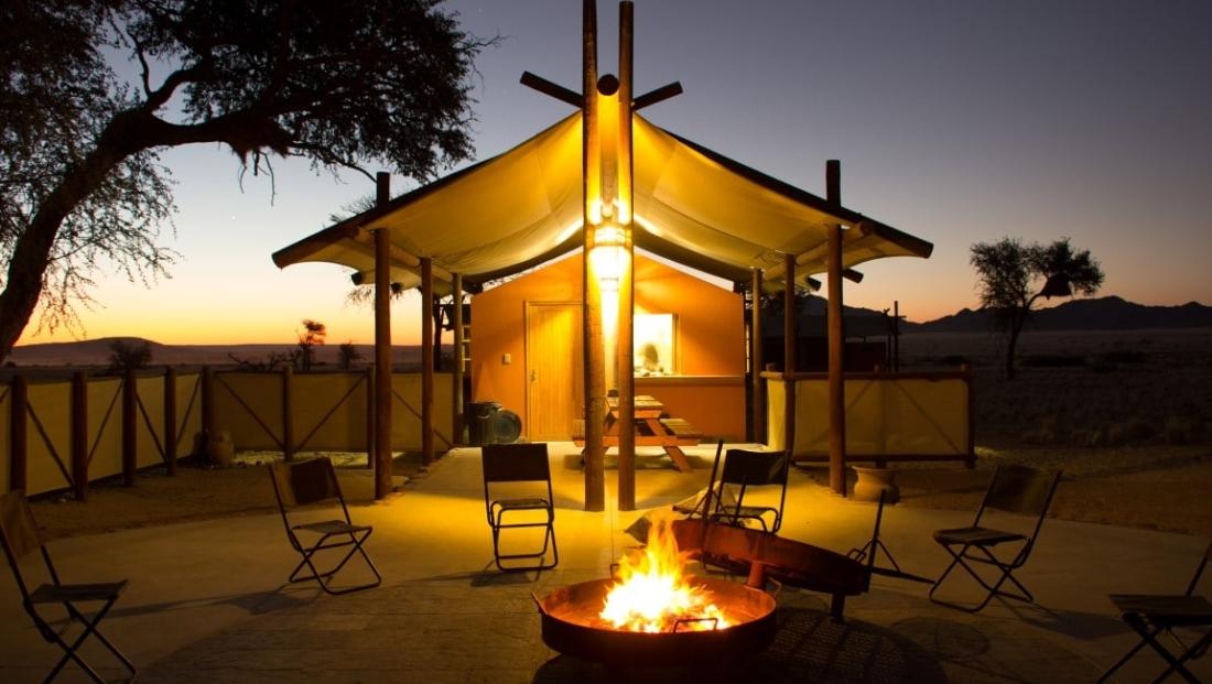Desert Camp - 's Avonds kampvuur
