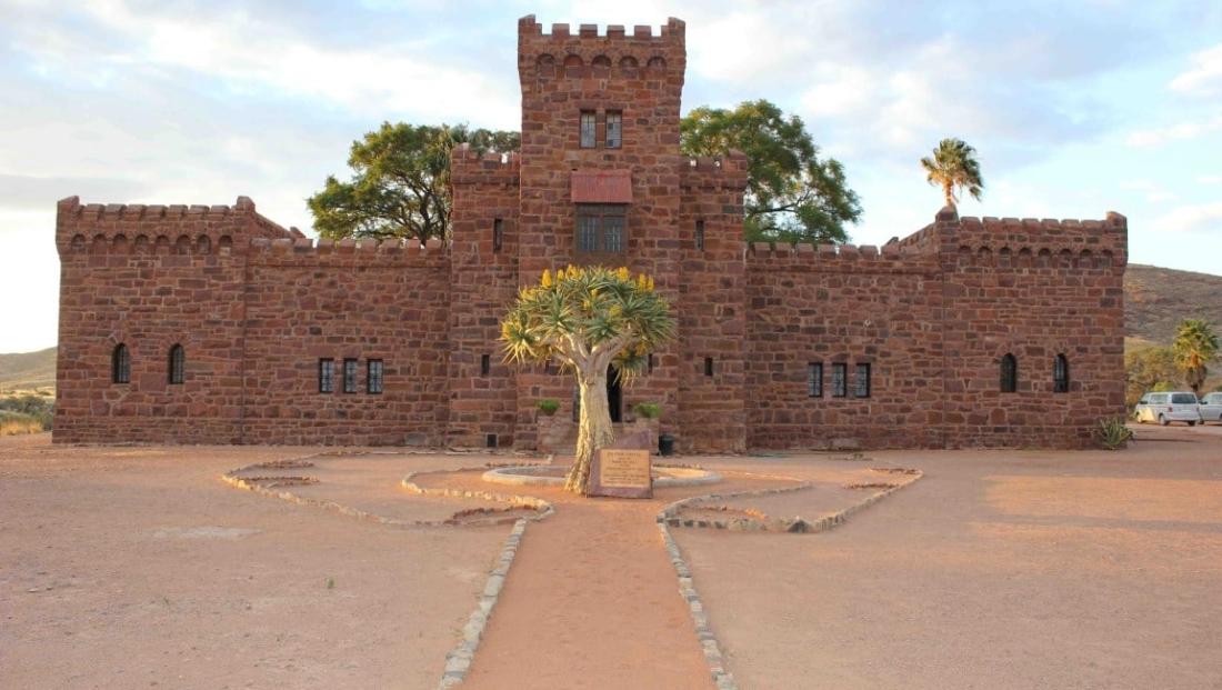 Duwisib Castle - Entree