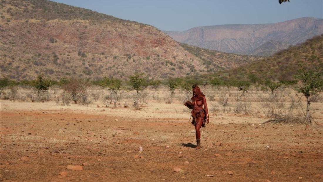 Epupa Camp - Himba vrouw