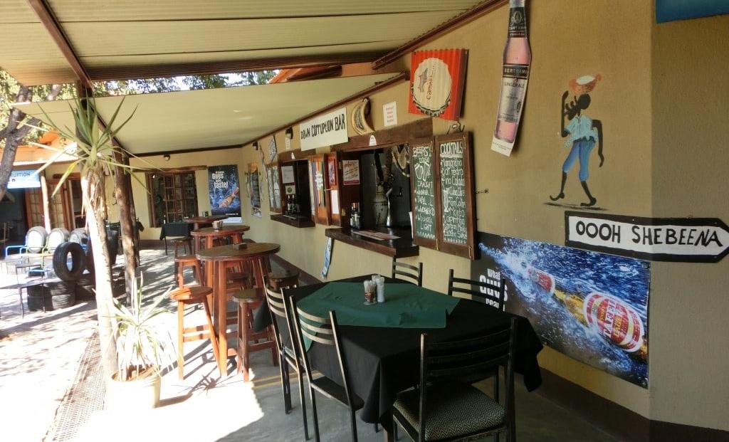 Etosha Safari Camp - bar restaurant