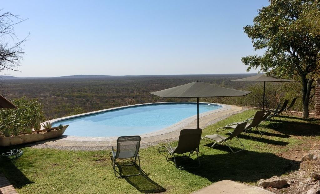 Etosha Safari Lodge - zwembad