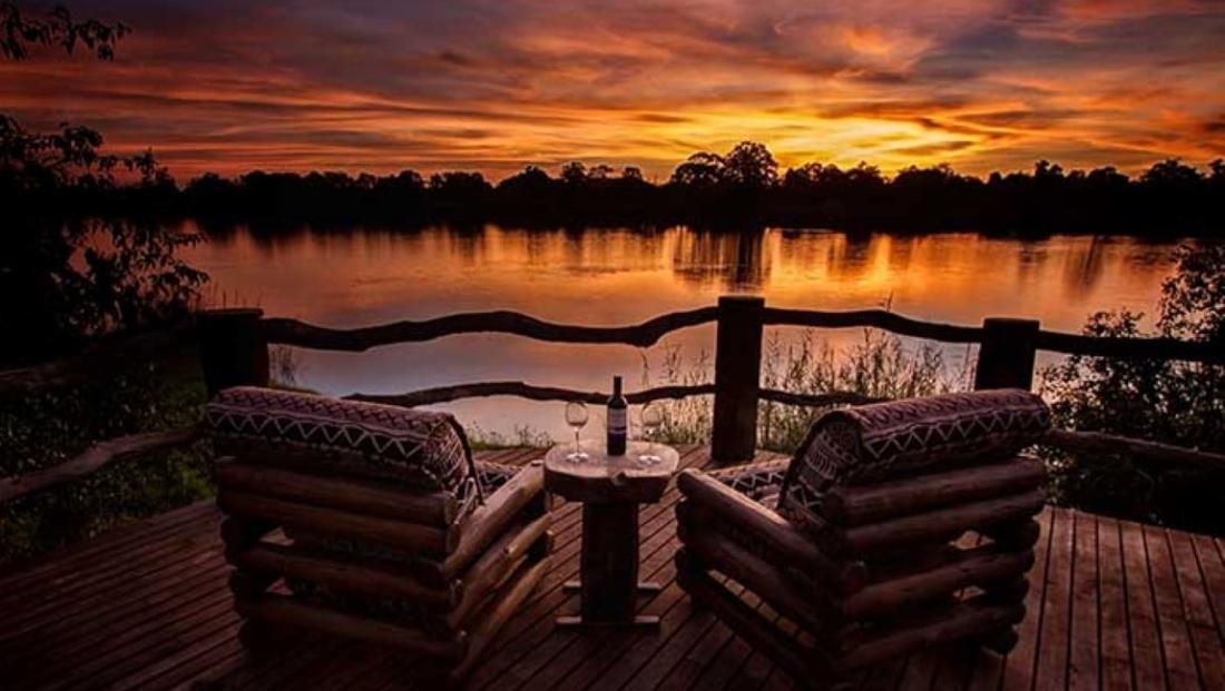 Hippo Lodge - uitzicht op het water