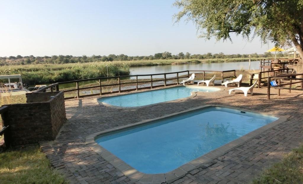Kaisosi River Lodge - zwembad