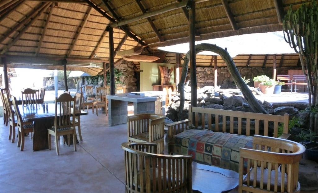 Kalahari Bushbreaks - restaurant