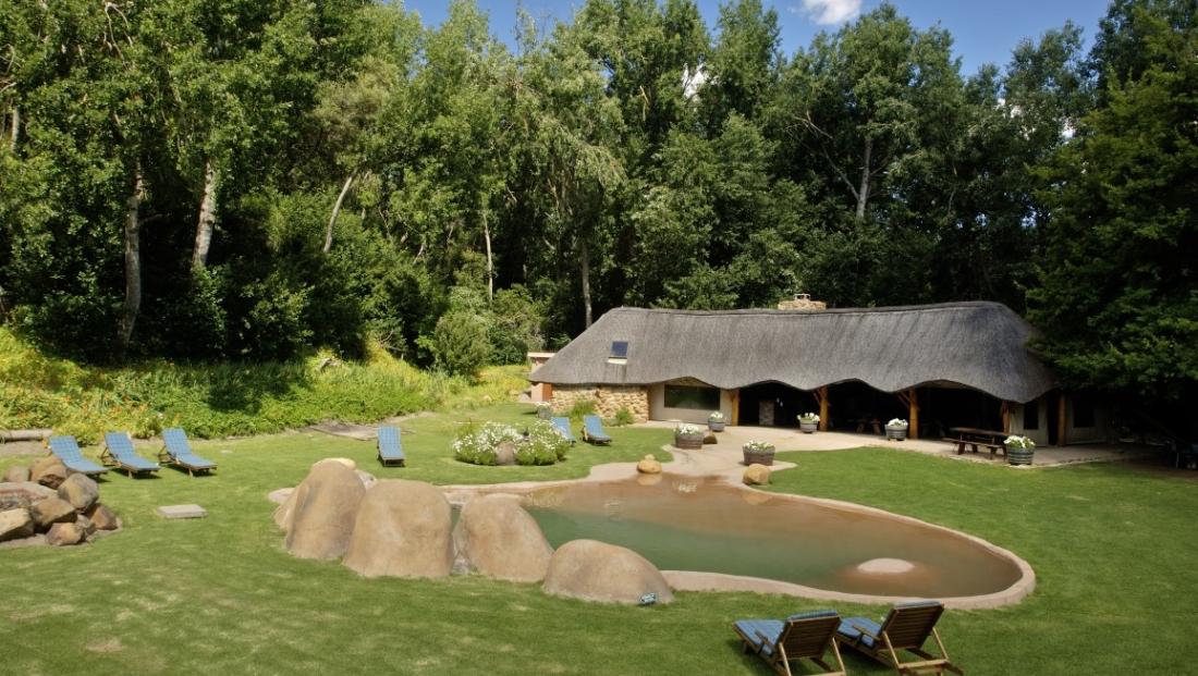 Knorhoek Guesthouse - zwembad - tuin