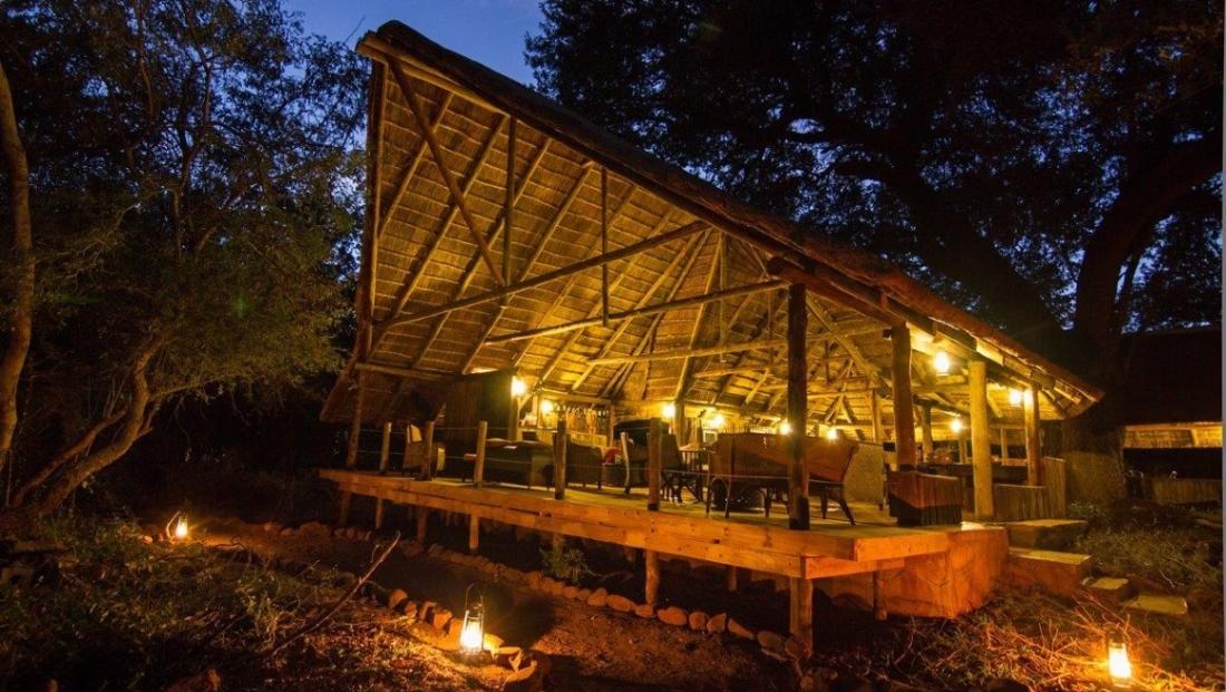 Mashatu Tent Camp - Hoofdgebouw