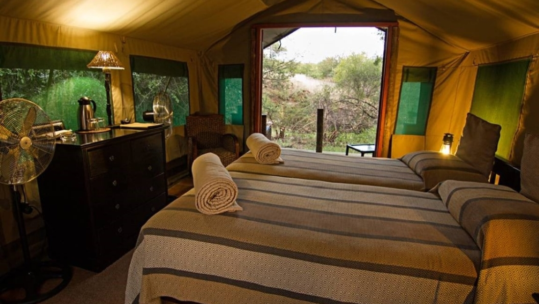 Mashatu Tent Camp - Ruime en-suite safari tent