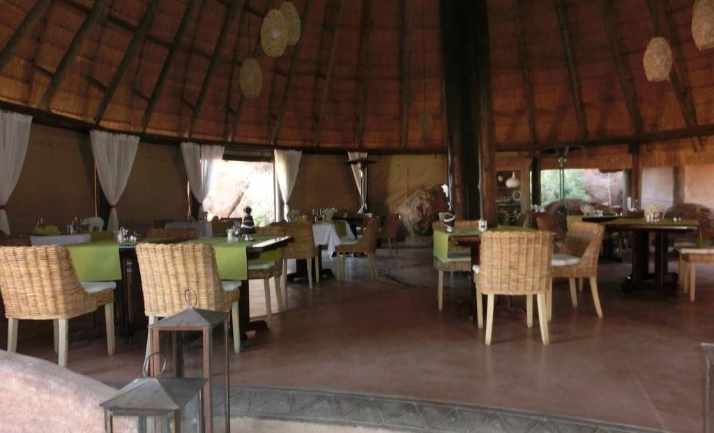 Mowani Mountain Camp - restaurant