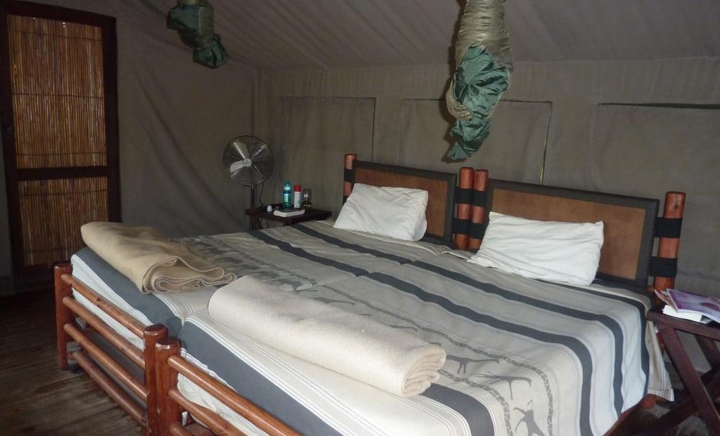 Hluhluwe-Imfolozi Mpila Camp - slaapkamer