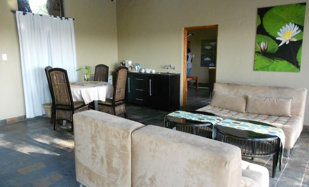 Namushasha Lodge - lounge