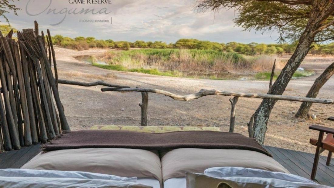 Onguma Tree Top Camp - uitzicht slaapkamer