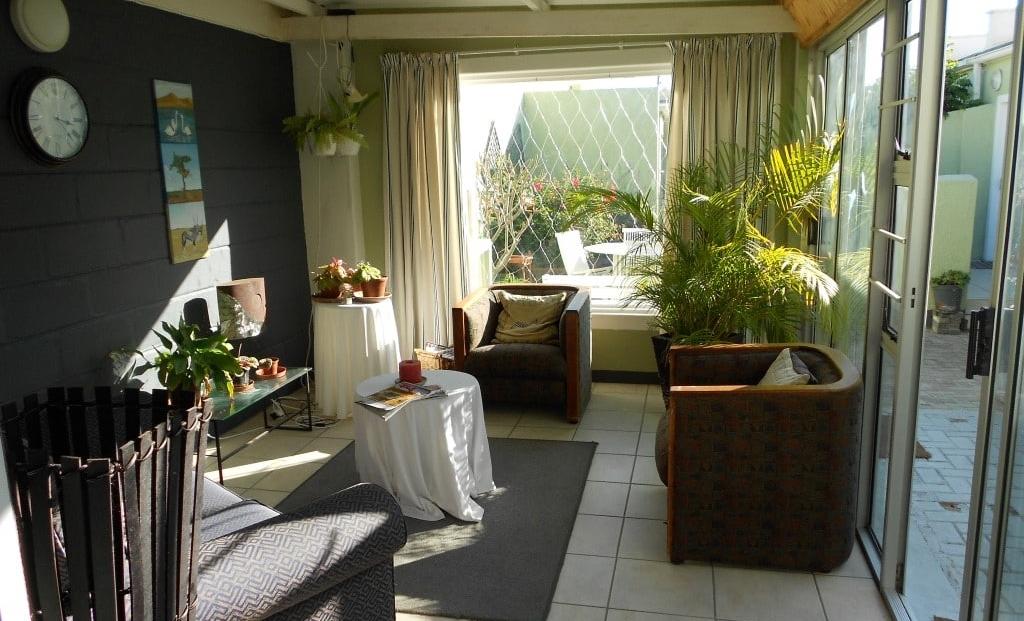 Pebblestone House - lounge