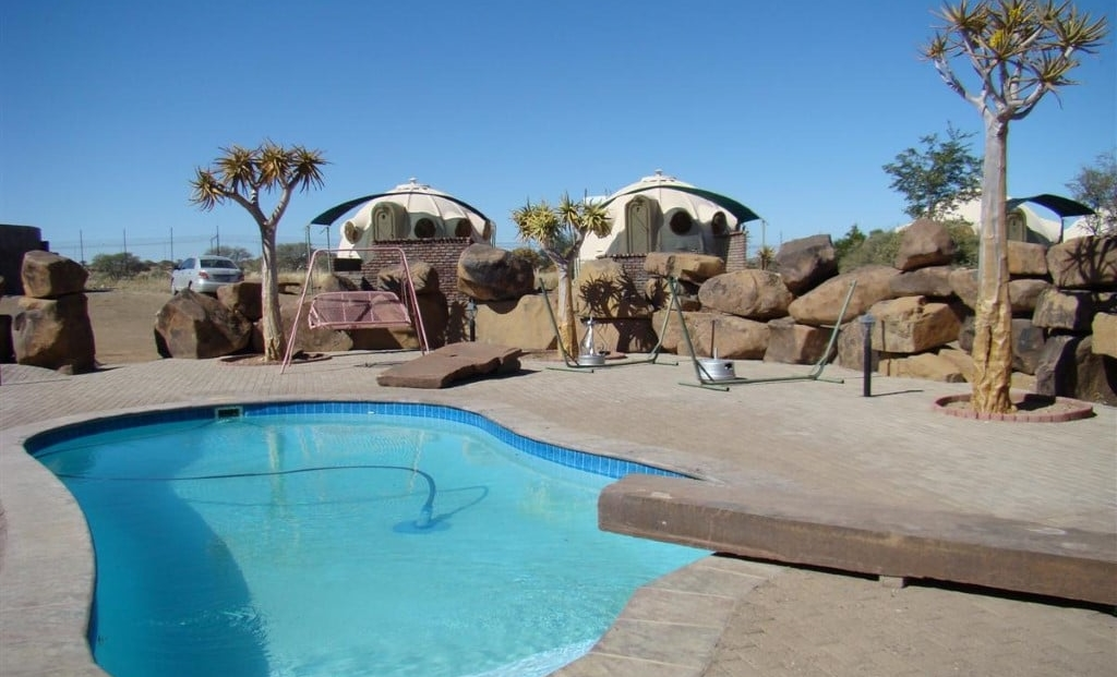 Quivertree Forest Rest Camp - zwembad