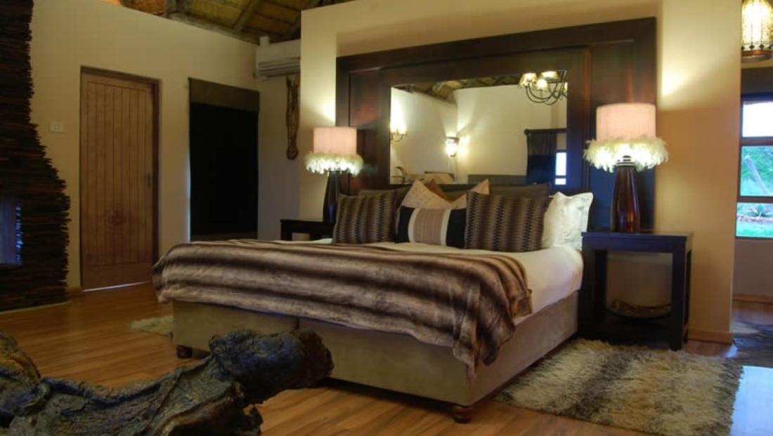 Umzolozolo Lodge (13)