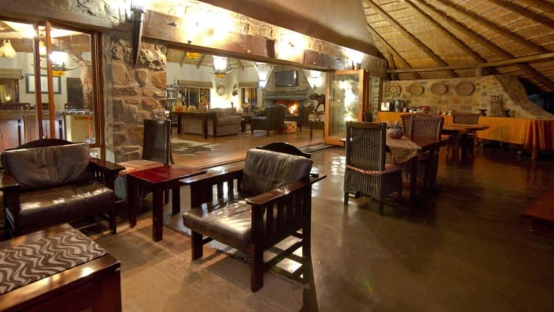 Umzolozolo Lodge (6)