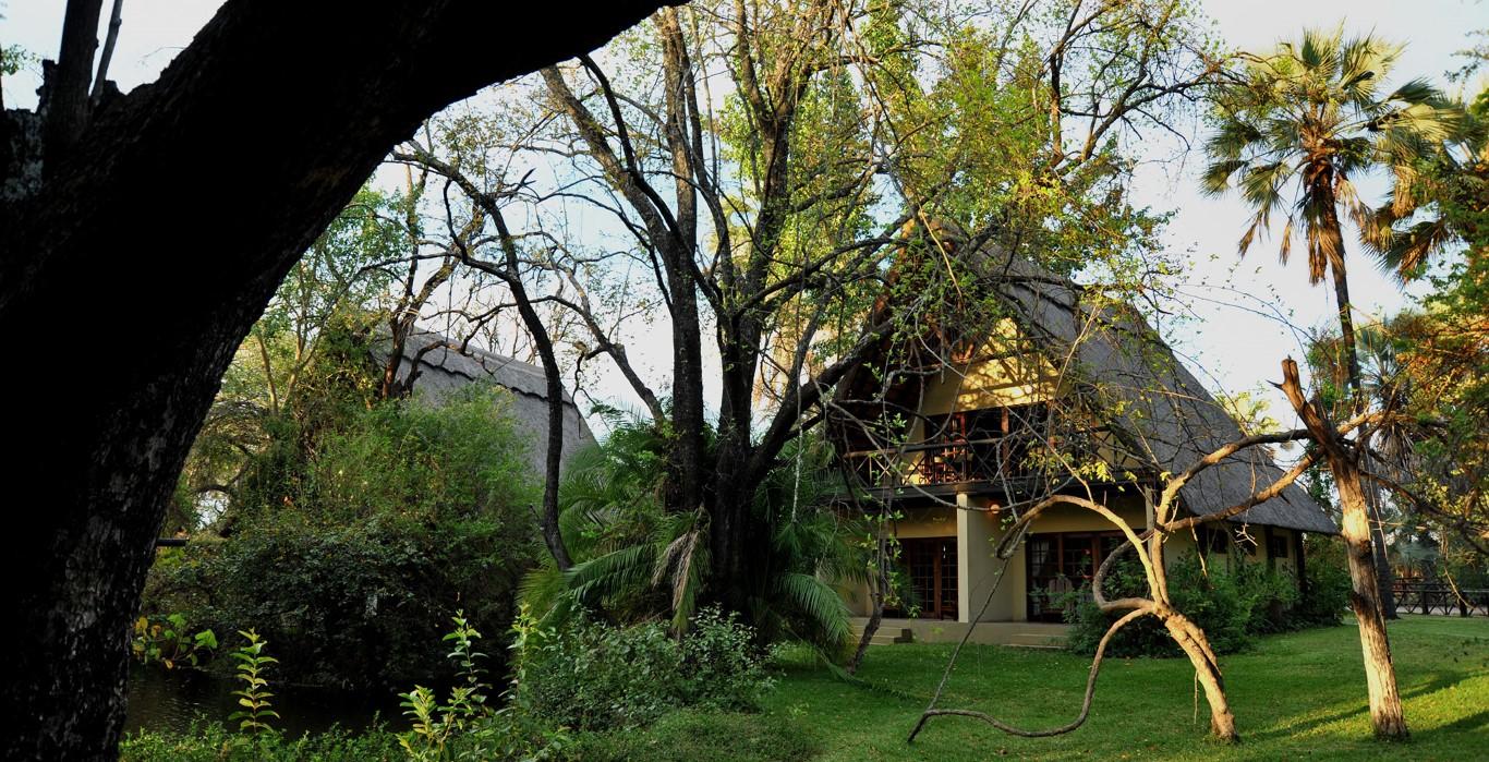 Victoria Falls Waterfront Lodge (11)
