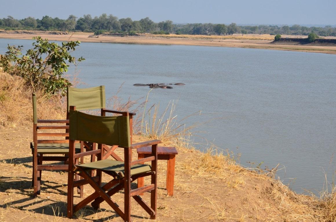 Kampeerreizen in Afrika - Uitzicht over Luangwa Rivier vanaf kampeerterrein