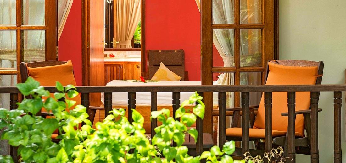 Cote D'or Chalets - terrasje bij hotelkamer