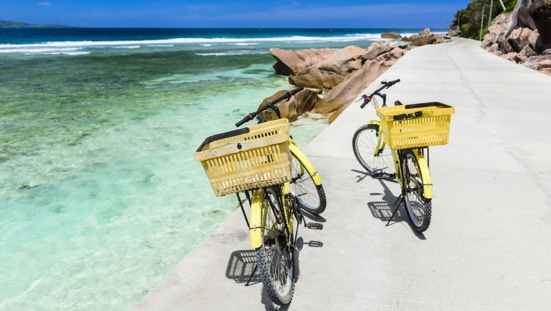 Seychellen Strand - op de fiets naar het strand