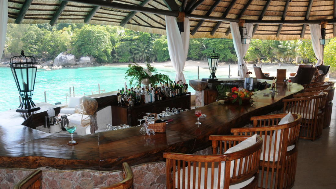 Sunset Beach Hotel - Bar