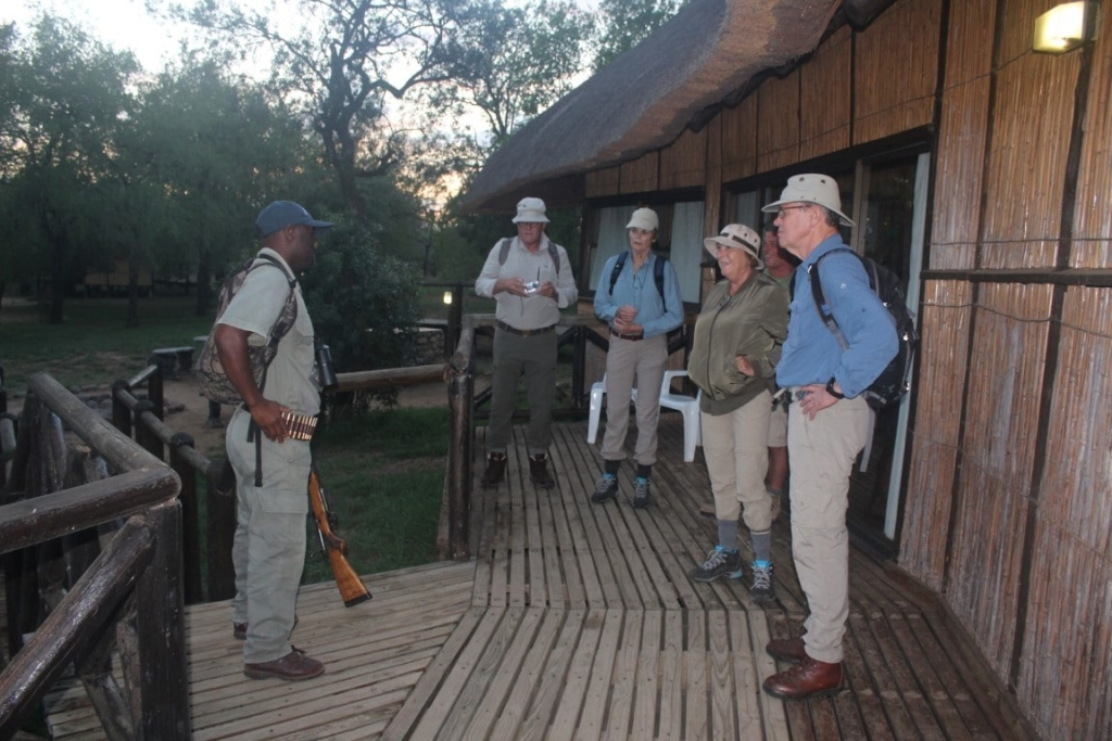Bushwalk briefing - Op wandelsafari in Zuid-Afrika