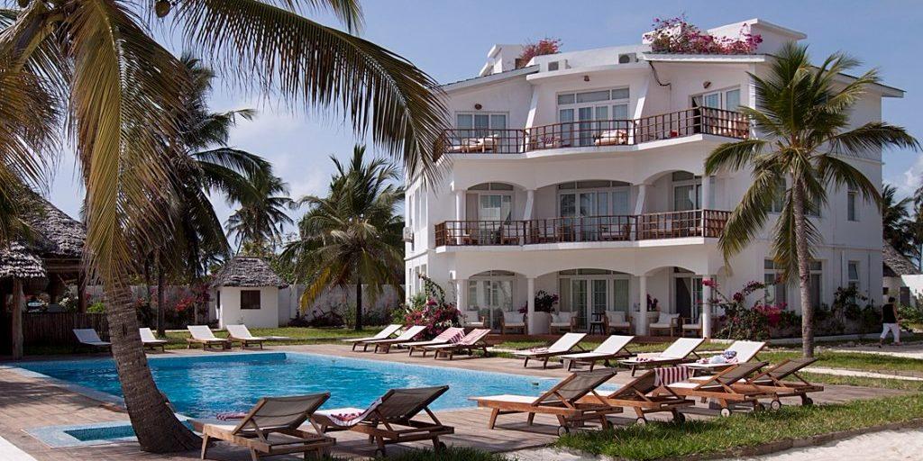 Dongwe Ocean View - zwembad voor hotel