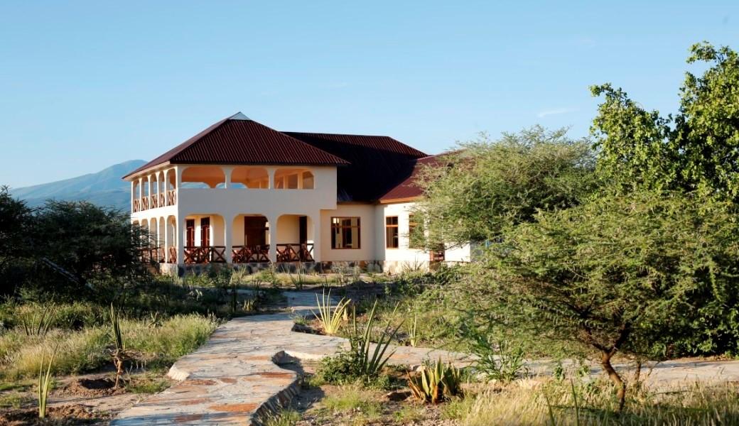 Lake Eyasi Safari Lodge