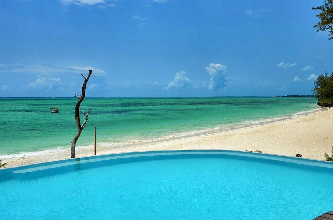Safari en strand reizen Tanzania - Zwembad aan het strand, Zanzibar