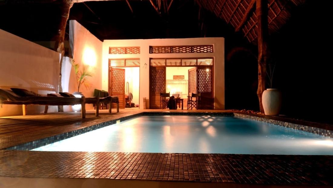 Pongwe Beach Hotel - zwembad