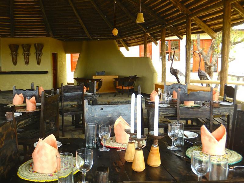 Sangaiwe Tented Lodge - restaurant