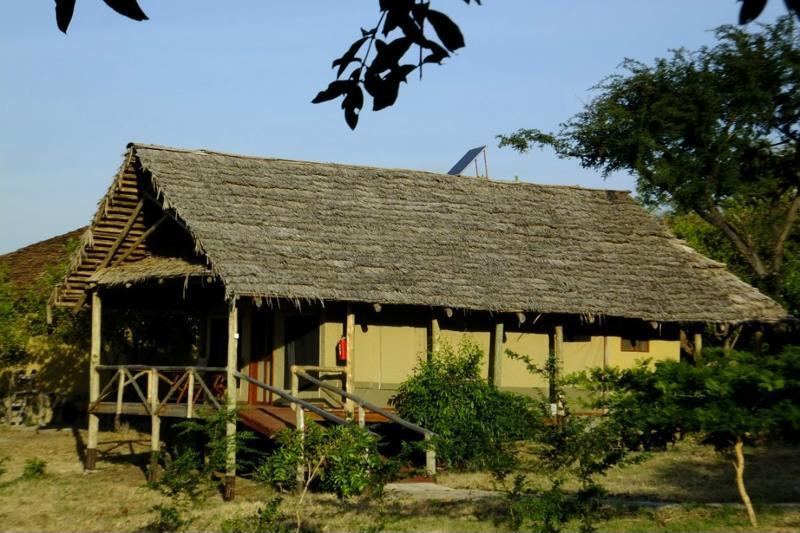 Sangaiwe Tented Lodge - huisje