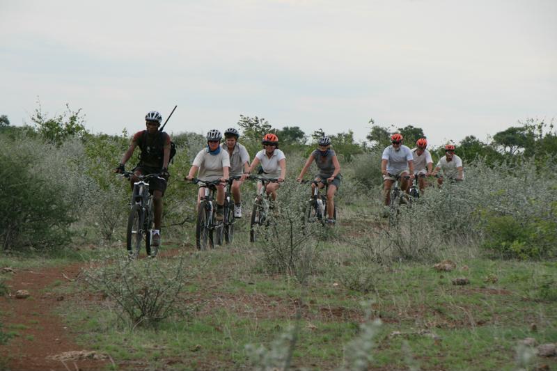 Fietstocht, mountain biken, Tuli Block, Kalahari, Botswana - De leukste activiteiten in Botswana