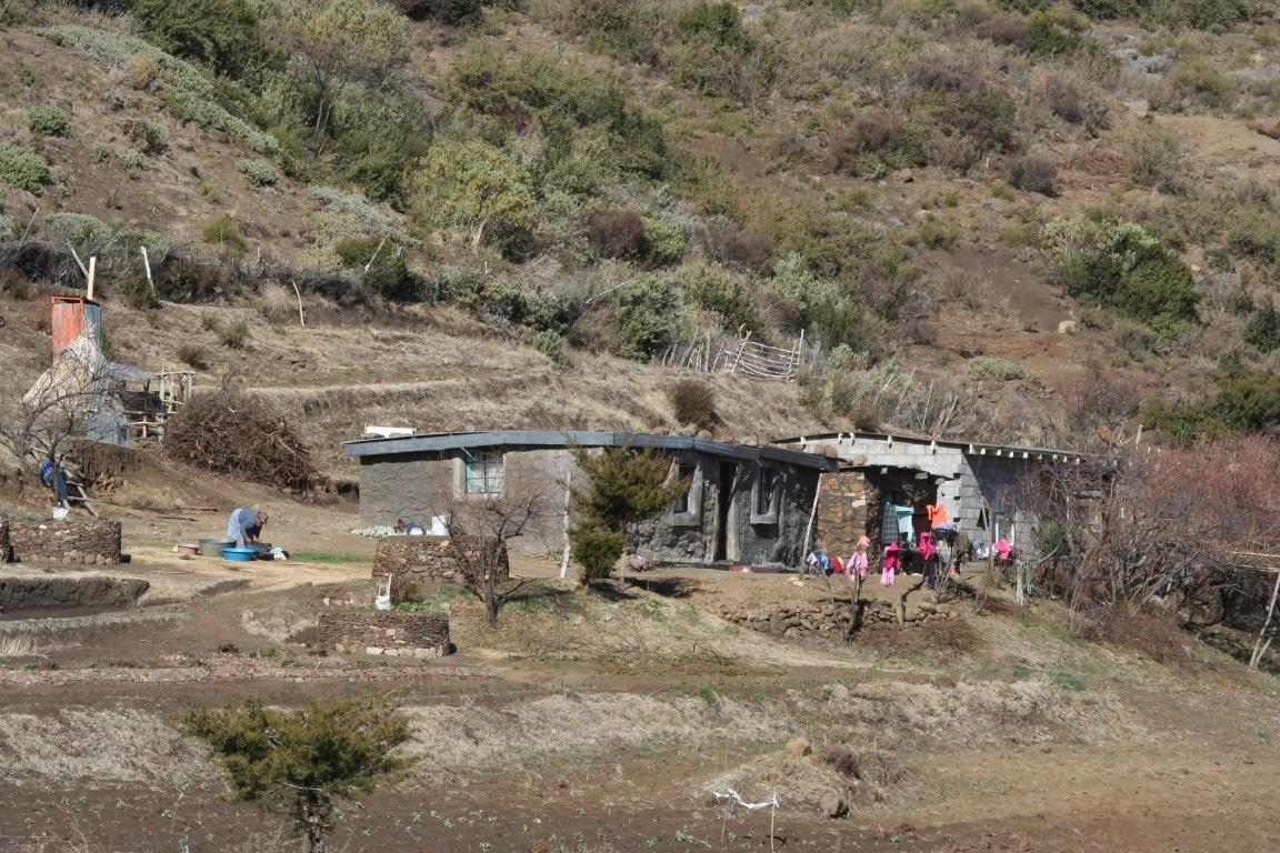 Ontmoet de locals - huisjes, lokale bevolking, Lesotho