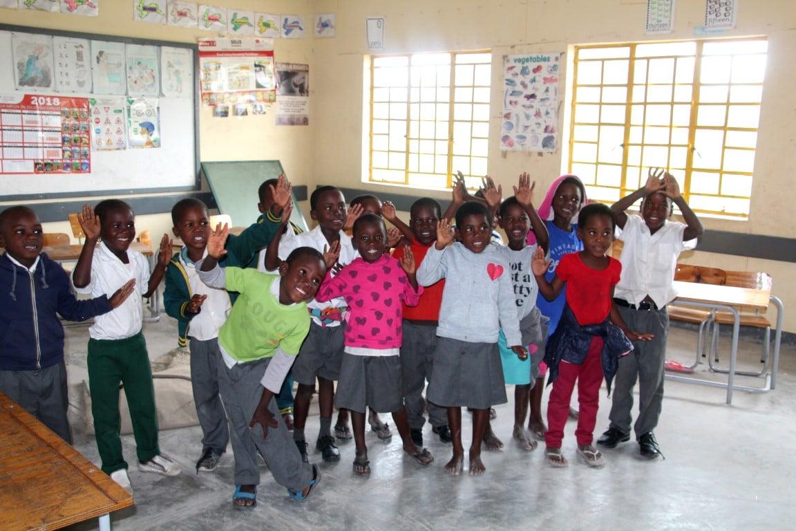 Ontmoet de locals - kinderen, klas, school, Caprivistrip, Namibië