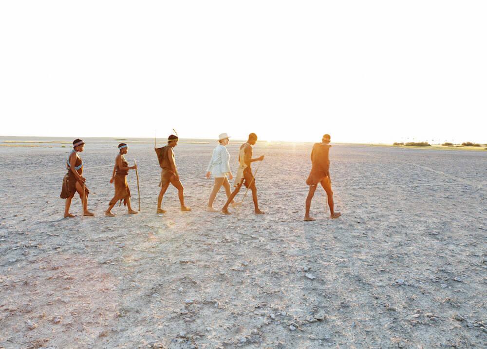 Ontmoet de locals - bush walk, Bushmen, San, Makgadikgadi Pans, Botswana