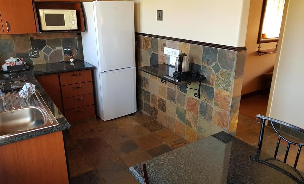 Forever Blyde Canyon - keuken
