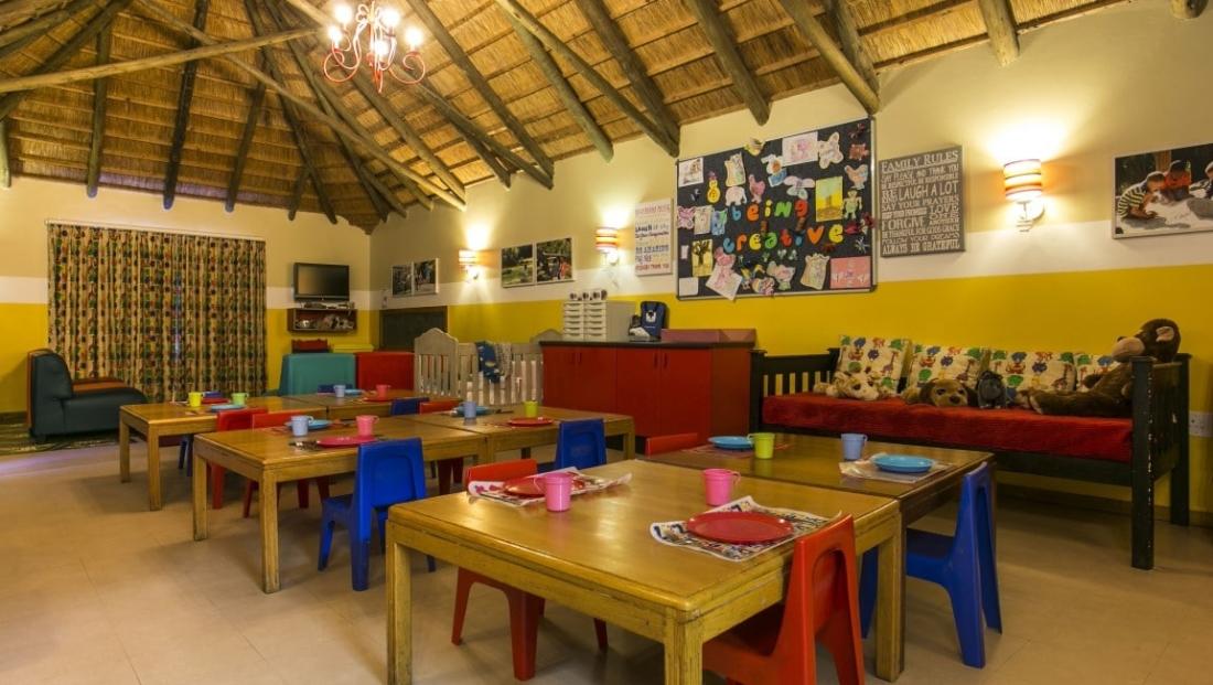 The Cavern - eetkamer voor kinderen