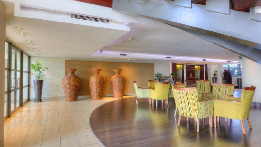 City Lodge OR Tambo - lounge - receptie