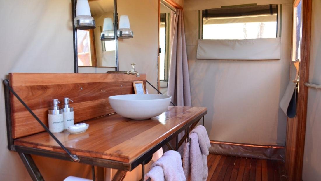 Sango Safari Camp - Comfortabele badkamer en-suite