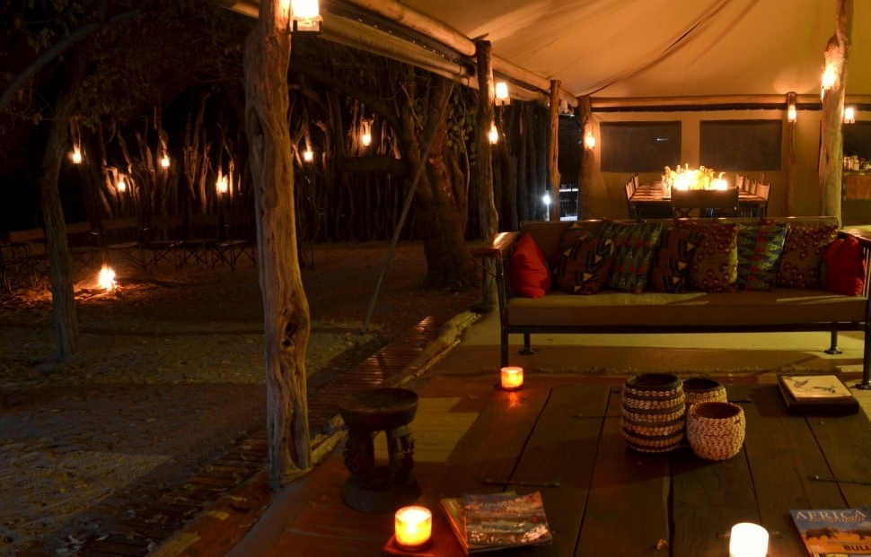 Sango Safari Camp - Sfeervolle lounge