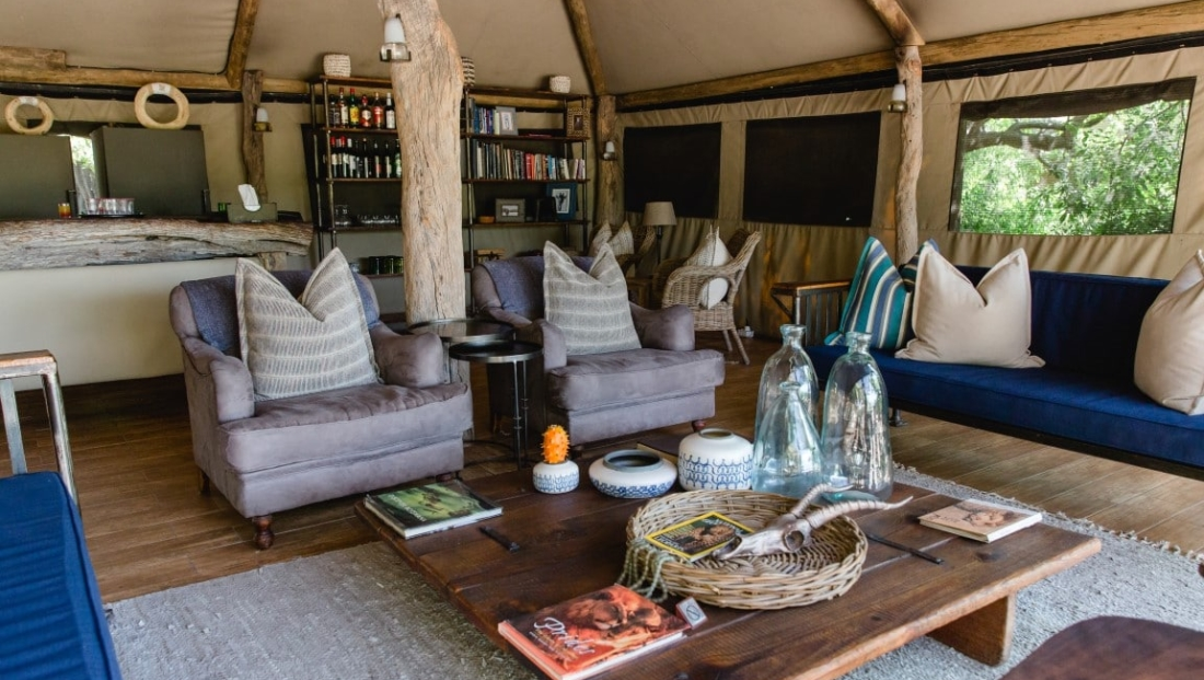 Sango Safari Camp - Lounge en bar